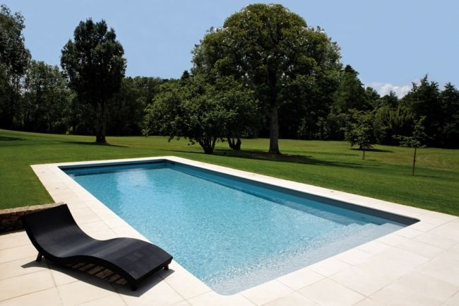 17 meilleures images propos de piscine spas for Constructeur piscine 17