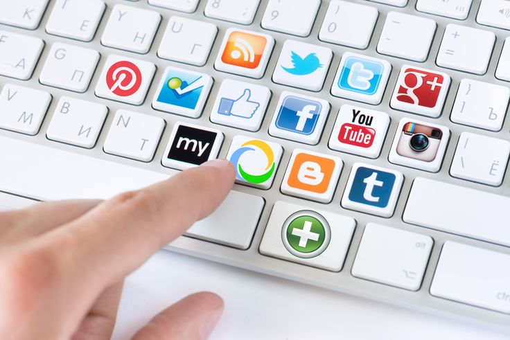 Las Redes Sociales no solo son espacios relevantes en la vida de millones de personas alrededor del mundo, sino que también se han convertido en elementos fundamentales dentro de las #estrategias de mercadeo de importantes empresas.