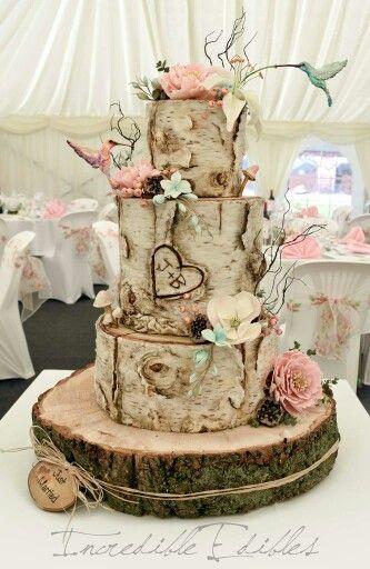 Wood wedding cake