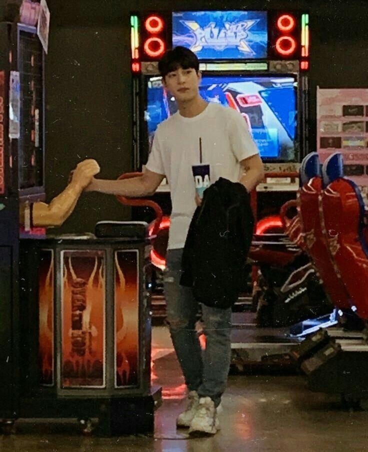 Bapak Seungwoo in 2019 | Lee Hangyul❤ | Produce 101, Bts wallpaper
