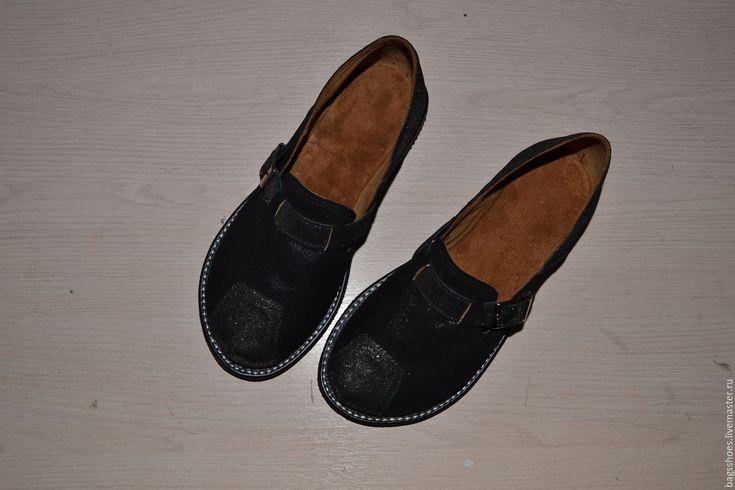"""мокасины   """"черные бриллианты """" - Marta Gress авторские сумки и обувь (bagsshoes) - Ярмарка Мастеров http://www.livemaster.ru/item/17436699-obuv-ruchnoj-raboty-mokasiny-chernye-brillianty"""