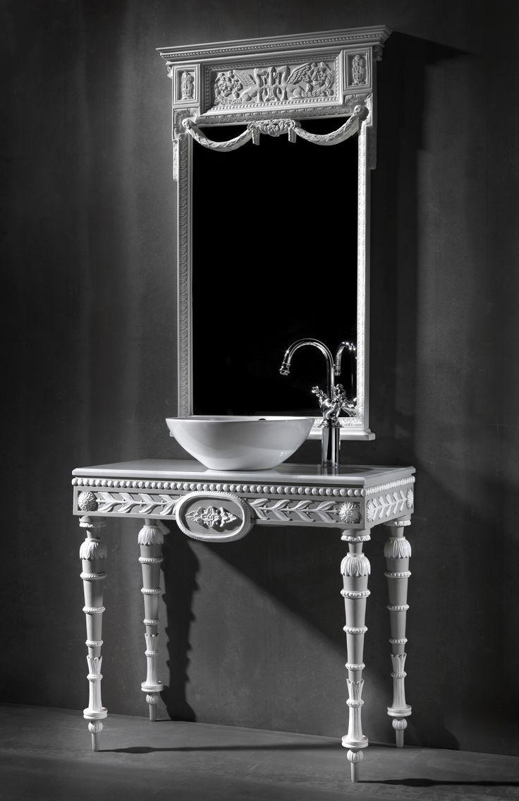 Veneto bath console