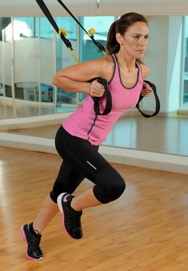 El boom del TRX.   Es una revolucionaria, efectiva y divertida técnica que te permite ejercitarte a través de un entrenamiento basado en la suspensión y en la fuerza corporal.