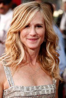 "Holly Hunter Born: Holly P. Hunter  March 20, 1958 in Conyers, Georgia, USA Height: 5' 2"" (1.57 m)"