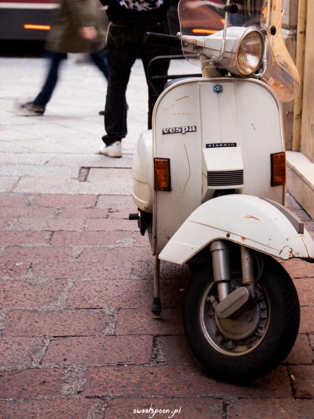 Moja ukochana Vespa. Kiedyś będę taką jeździć po krakowskich ulicach!