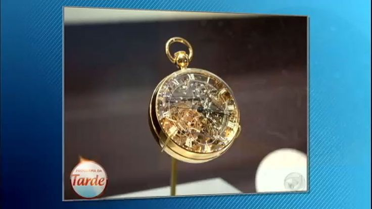 Para celebrar a união entre Brad Pitty e Angelina Jolie, a atriz presentou o maridão com um relógio de mais de R$ 7 milhões. O modelo é confeccionado com ouro branco 18 quilates. O casal não é o único a desembolsar uma fortuna em um relógio. Confira quais são as peças mais caras do mundo!