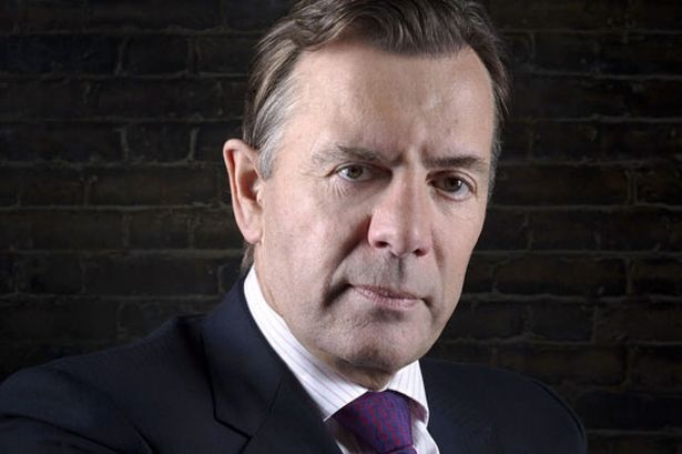 Bedroom tax: Dragon's Den star Duncan Bannatyne predicts a riot  http://www.mirror.co.uk/news/uk-news/bed...    The TV favourite compared the spare room supplement to the introduction of the Poll Tax under Tory Prime Minister Margaret Thatcher