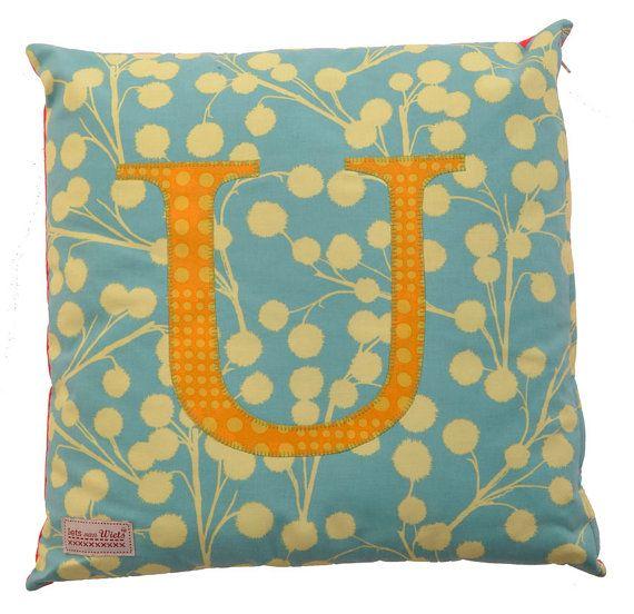Letter cushion Joy by ietsvanwiets on Etsy, €19.50