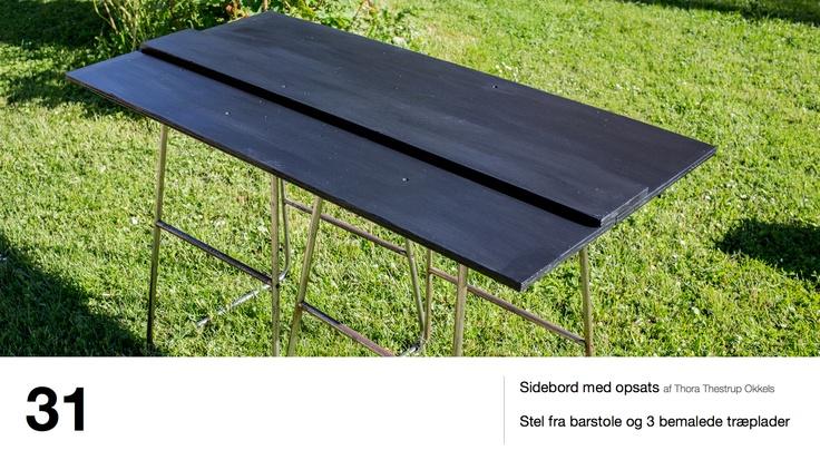 Sidebord med opsats af Thora Thestrup Okkels - Stel fra barstole og 3 bemalede træplader