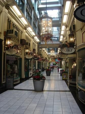 Queens Arcade, Queen Street, Auckland. Got my engagement ring from jeweller in this arcade.