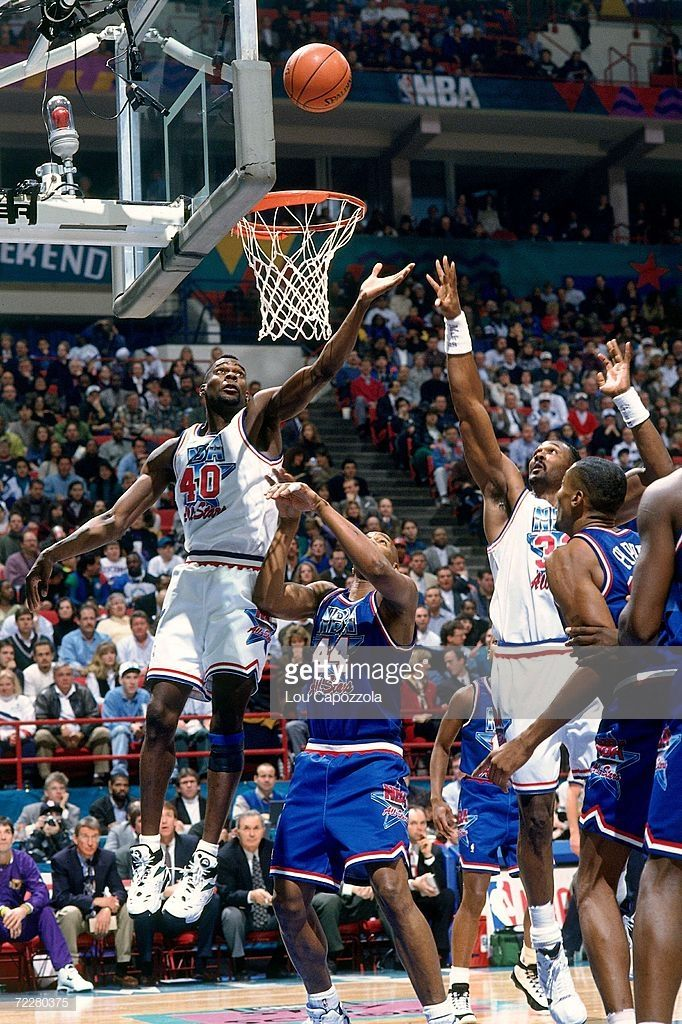 Basketball By Arek Sak Basketball Pictures Sports Images Karl Malone