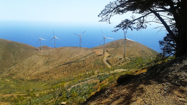 Tiny Spanish Island Nears Its Goal: 100 Percent Renewable Energy