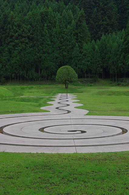Labyrinth Maze: Spiral #labyrinth.