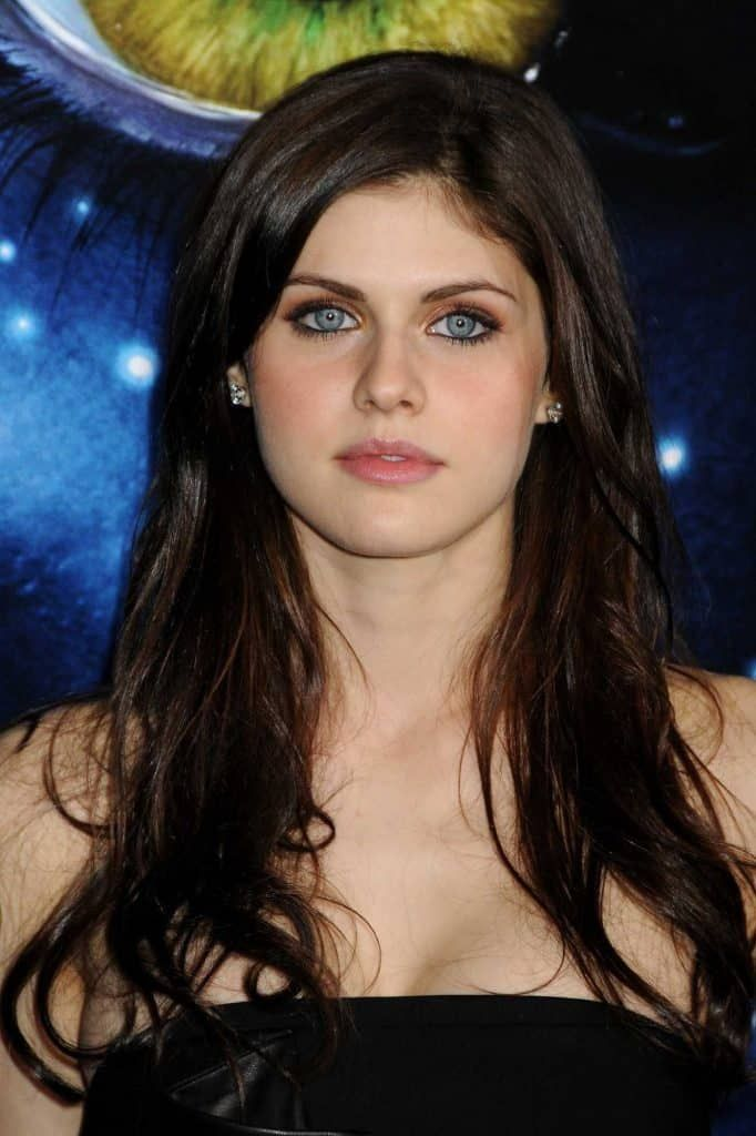Beautiful Celebrities With Blue Eyes Alexandra Daddario