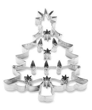 For elegant cookies destined to impress, opt for this 7-inch long Christmas tree cutter. It creates a tree complete with cutout ornaments and lights: it's so intricate all you'll need is a dusting of granulated sugar.
