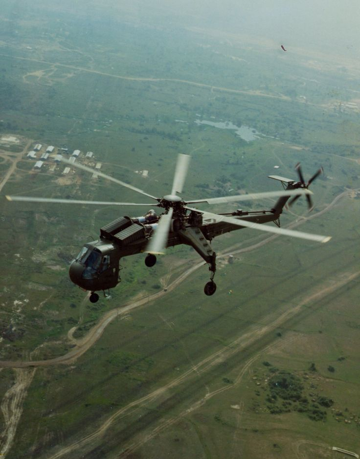 Sikorsky CH-54 Sky Crane Over Na Trang Vietnam April '67