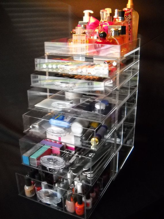 Clear Acrylic Makeup Organizer Cube  - i will be getting this .. there is no doubt