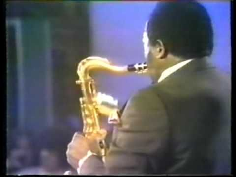 King Curtis - Memphis Soul Stew. Basically what all TV should be like.