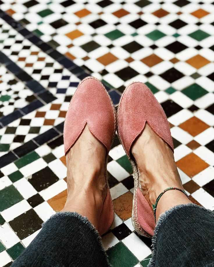 Have you seen our new open side flats?! We love them already 💕