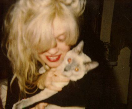 Kat Bjelland (with a cat!)