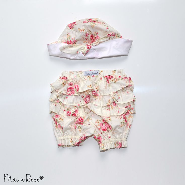 "Our ""Rose Blooms"" hat and bloomer set is a must have for summer! Made from 100% cotton, the hat keeps your little one protected from the sun while the bloomers cover up that nappy with adorable ruffles, so your bub can get around in style.[Shipping includes tracking]"