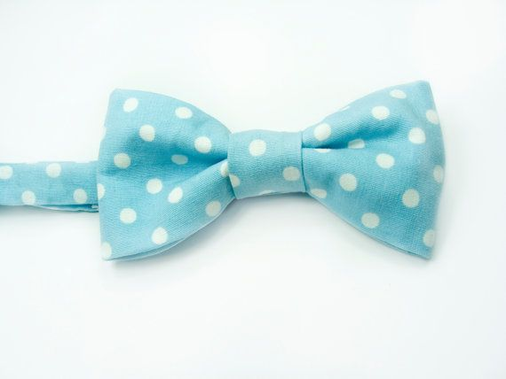 blue white dots bowtie  Baby toddler boys tie Kids Bow by nicebuzz, €18.00