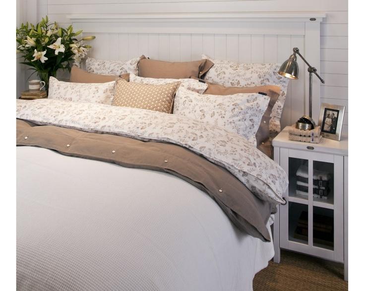 Lexington,Travellers Floral Bedding
