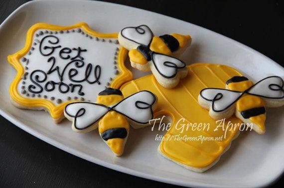 16 Bumble Bee Themed Decorated Sugar Cookies by TheGreenApronAR, $21 ...