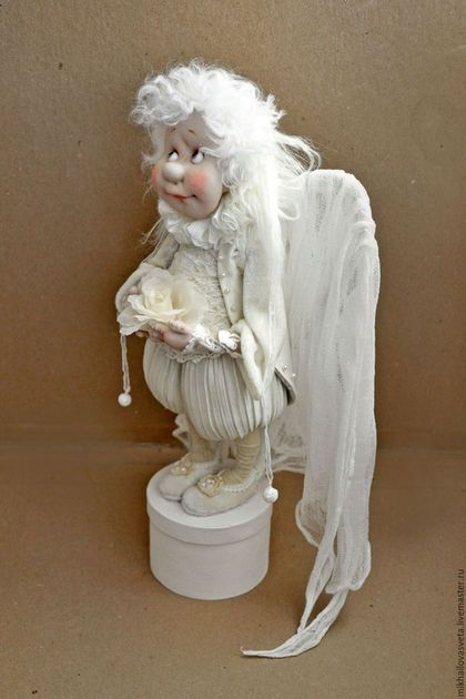 Купить или заказать Ангел -хранитель в интернет-магазине на Ярмарке Мастеров. Кукла сделана в различной технике,на каркасе,из текстиля ,в статике,ткань грунтована пва.