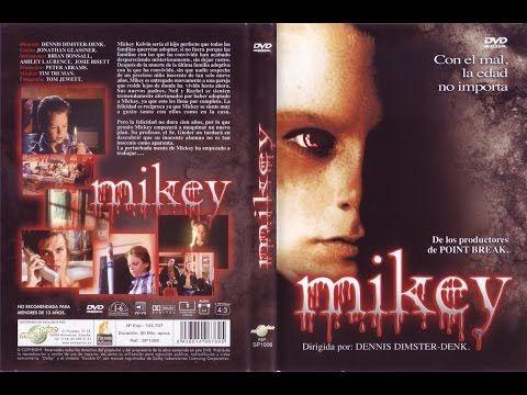 Sinopsis: Mikey, un niño de 7 años, esconde la mente más terrible y diabólica jamás conocida. Él ha deambulado de hogar en hogar donde cada familia adoptiva ...