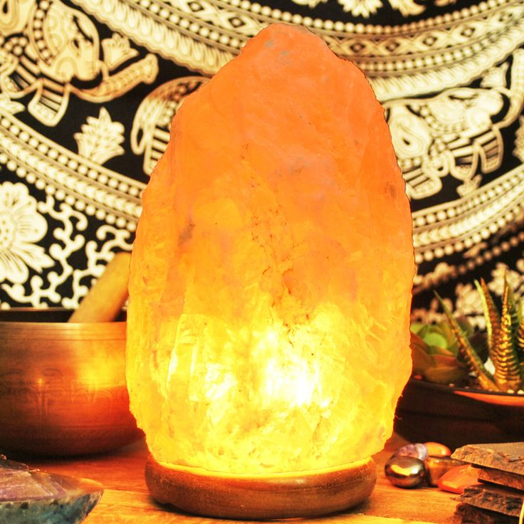 1000+ ideas about Himalayan Salt Lamp on Pinterest Himalayan salt benefits, Himalayan salt and ...