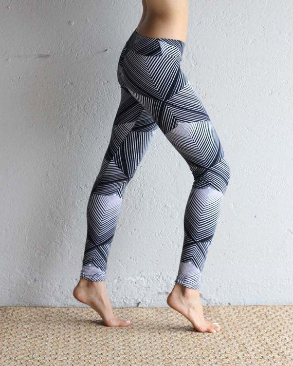 Leggings - Organic Cotton Leggings - Printed Leggings - Pyramid - Yoga Clothing Optical print leggings made from my custom hand printed fabric with a