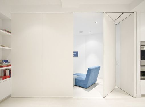 sliding walls for private meetings or opened for general use