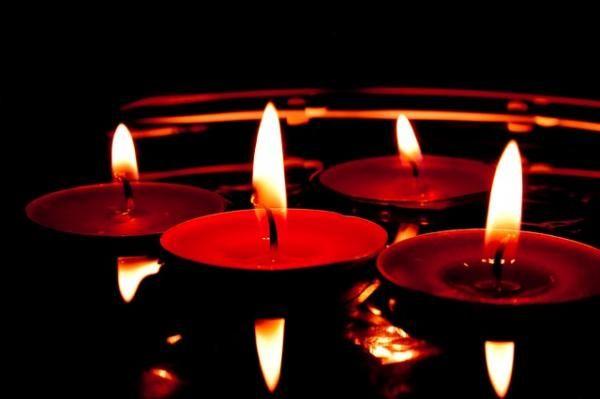 Significado de las velas rojas - 5 pasos (con imágenes)