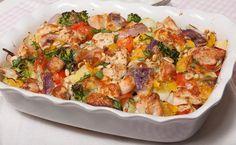 Na het enorme succes van de broccoli-ovenschotel vond ik het tijd worden voor een variant hierop. Maak kennis met mijn ovenschotel kip pesto!