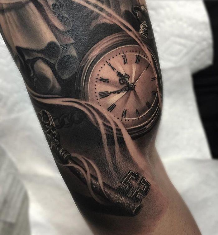 Realistic Pocket Watch & Skeleton Key | Best tattoo ideas & designs