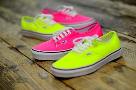 <3 want: Neon Vans! :)