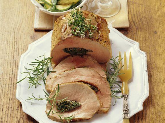 Probieren Sie den leckeren gefüllten Schweinebraten mit Zucchini von EAT SMARTER oder eines unserer anderen gesunden Rezepte!