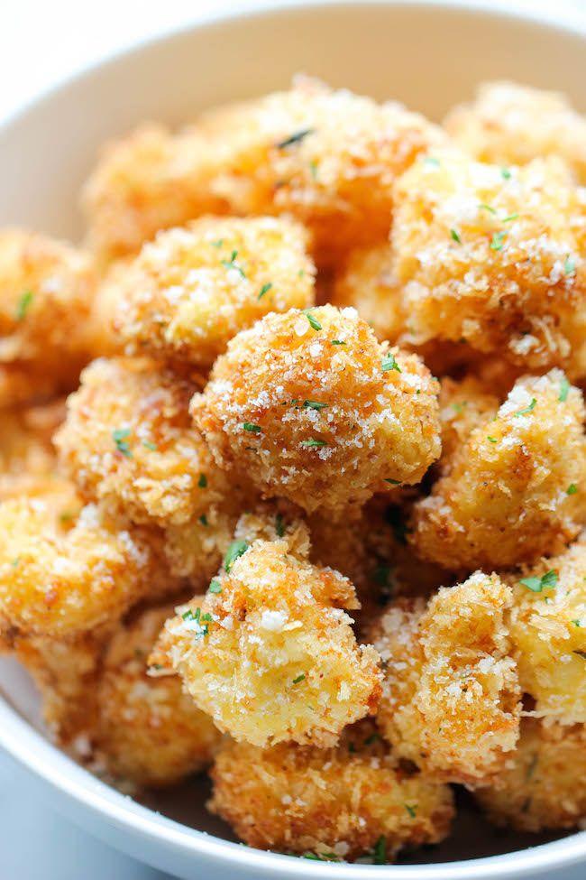Parmesan Bloemkool Bites - Crisp, knapperige bloemkool beten dat zelfs de meest kieskeurige eters zal houden.  Perfect als voorgerecht of tussendoortje!