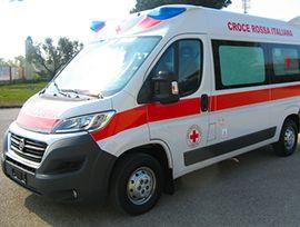 Incidente in superstrada: coinvolti un furgone ed un'auto. Una persona ferita trasportata al Dea - Ossola 24 notizie