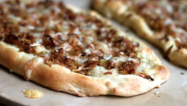Caramelized onion & cabbage flatbread.: Onions, Cabbages, Food, Pizza, Appetizers, Cabbage Flatbread, Flatbread Recipes