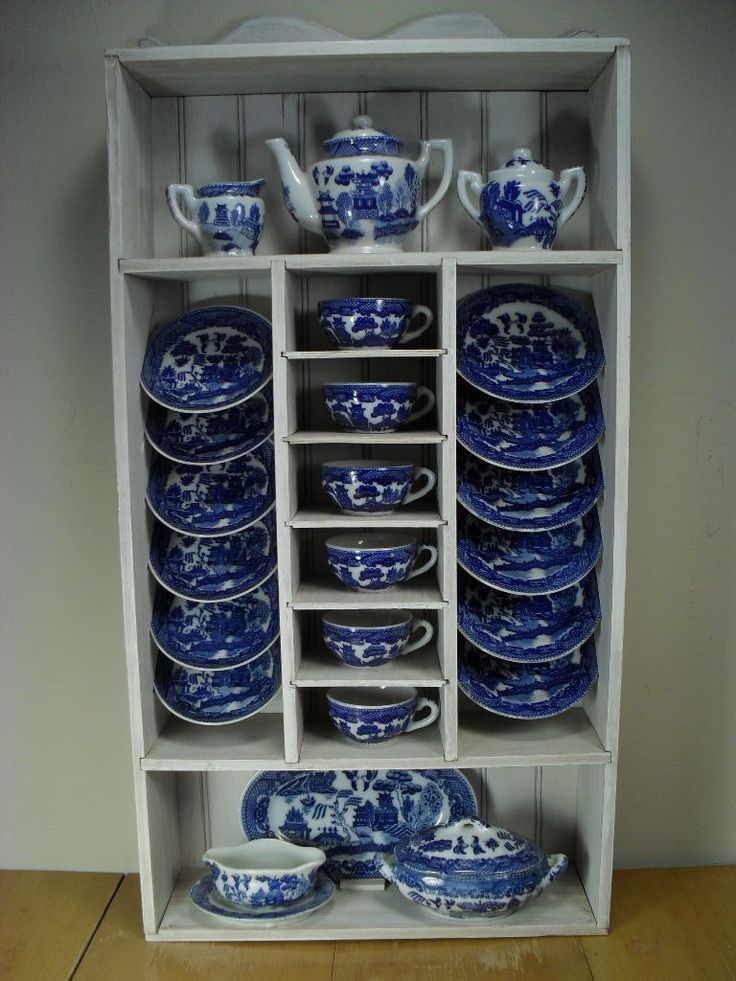 Child's Blue Willow Tea Set - 27 Pieces in Cabinet - Made in Japan..