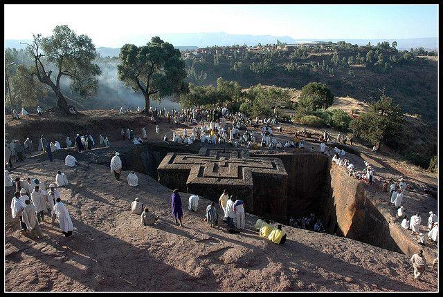 世界遺産 ラリベラの岩窟教会群の画像 ラリベラの岩窟教会群の絶景写真画像 エチオピア