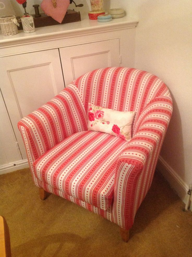 Tub Chair I Love This Recovered Using A Table Cloth Fab