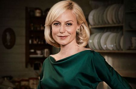 Marta Dusseldorp Talks A Place to Call Home Season 4 and the Possibility of a Season 5