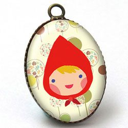 Red ridding cammeo pendant