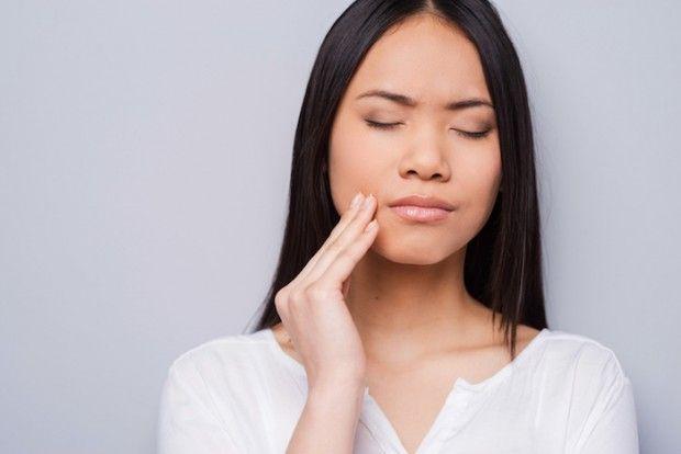 虫歯が痛くて寝れないときの対処法【歯科医監修】