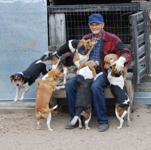 #rabbithunter  would love to have a pic of my dad with his beagles!