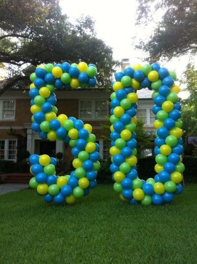 Balloon art for 50th birthday party decorations. See more decorations and 50th birthday party ideas at www.one-stop-party-ideas.com