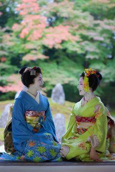 祇園甲部、舞妓 紗月さん、まめ藤さん CAMERA EOS5DMarkⅡ / L...